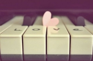 cute-heart-love-piano-vintage-Favim.com-136353